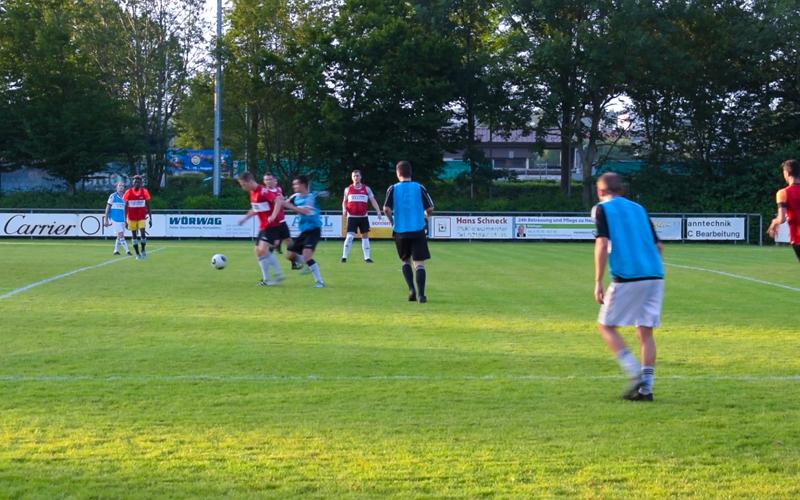 Bannasch Immobilien unterstützt SpVgg Renningen Fußball